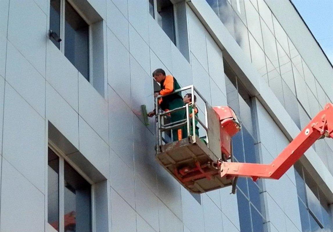 Мойка фасада и остекления - Новокузнецк, цены, предложения специалистов