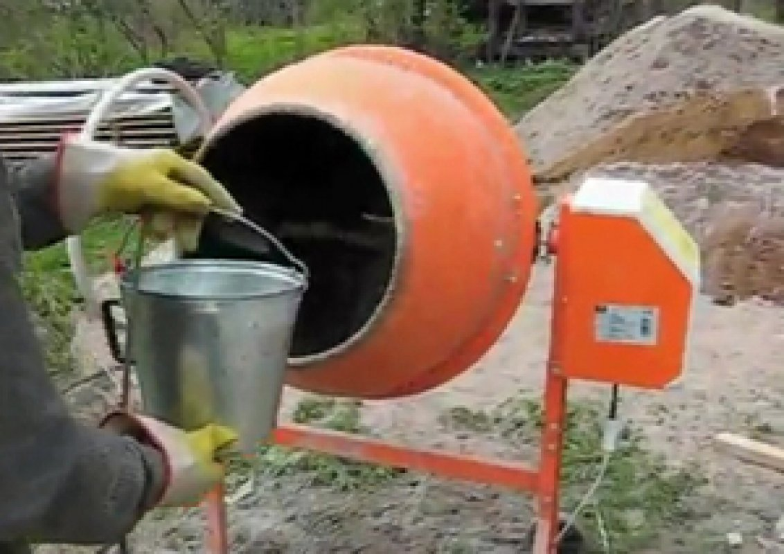 Бетономешалка Аренда бетономешалки, бетоносмесителя. заказать или взять в аренду, цены, предложения компаний