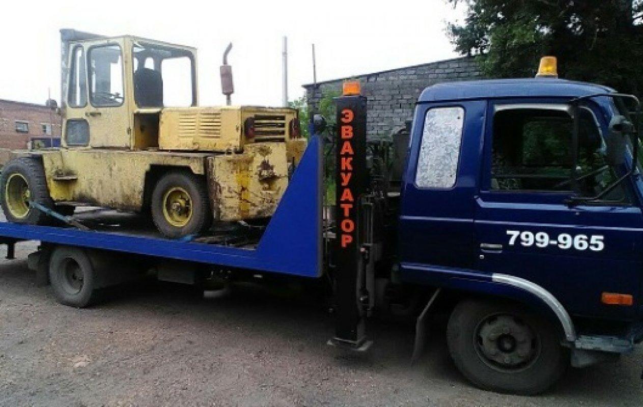 Транспортировка вилочного погрузчика на эвакуаторе - Новокузнецк, цены, предложения специалистов