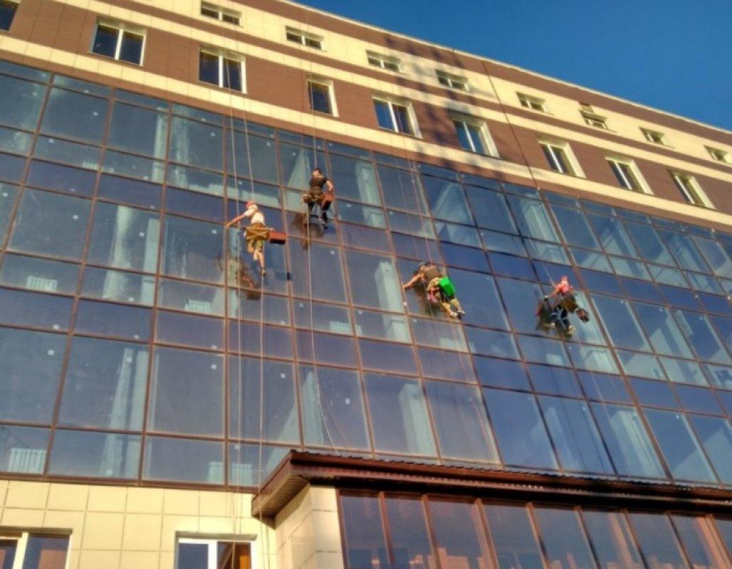 Мойка фасада и остекления, услуги альпинистов - Кемерово, цены, предложения специалистов
