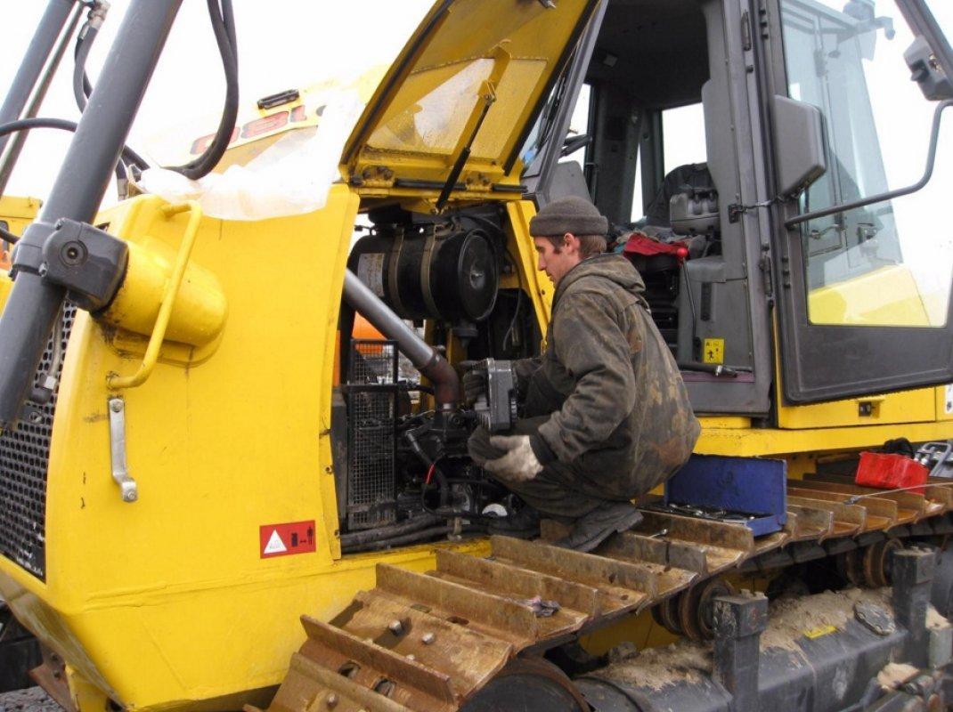 Ремонт импортных бульдозеров оказываем услуги, компании по ремонту